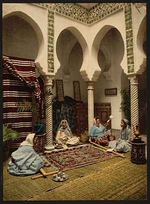 Arab culture - Making Arab carpets in Algiers, 1899