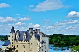 Most beautiful villages of France montsoreau 1.jpg
