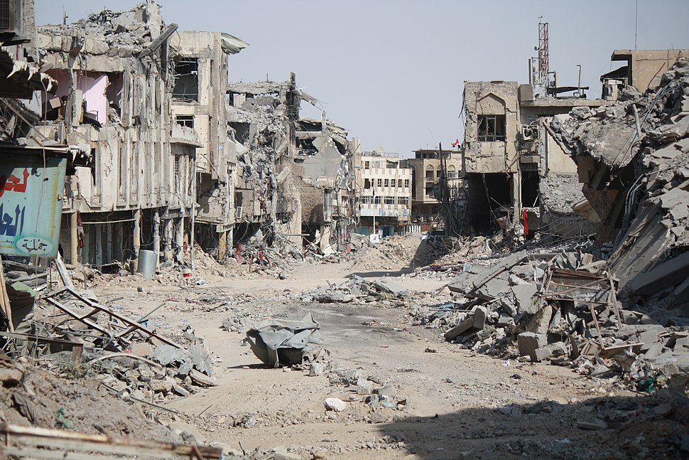 Mosul in ruins after war