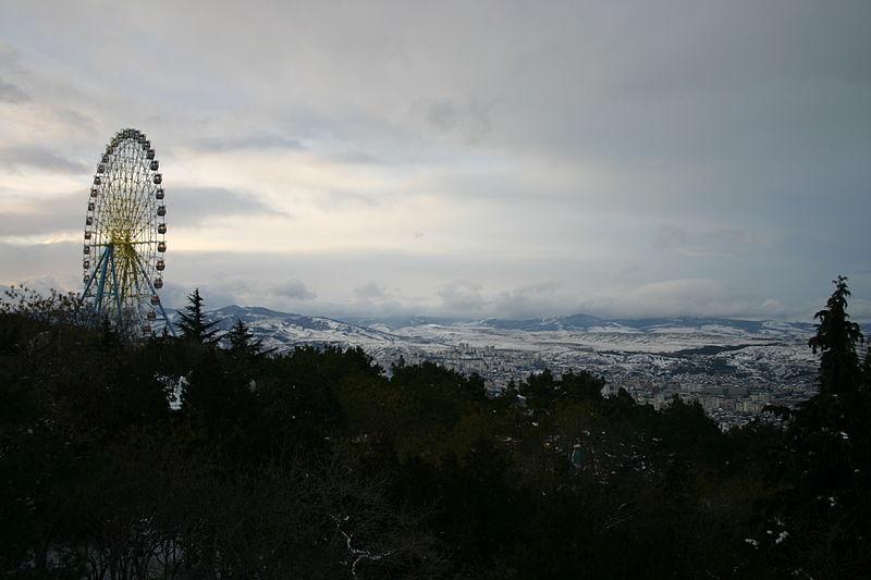 File:Mtatsminda park January 2013 11.jpg