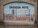 Murals at Dresden Mitte 29.jpg