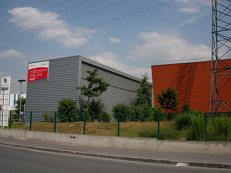 Recycling center in Nanterre