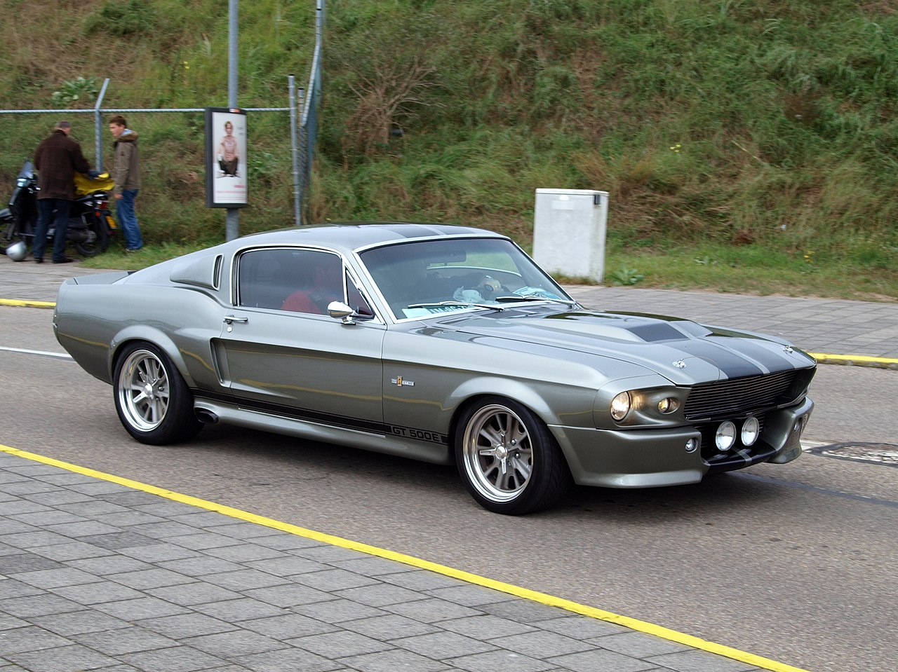file nationale oldtimerdag zandvoort 2010 1967 ford mustang gt 500e am 86 78 pic2 jpg. Black Bedroom Furniture Sets. Home Design Ideas