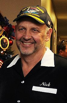 Description de l'image Nick Searcy 2013 (cropped).jpg.