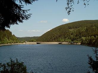 Oker Dam - Image: Okertalsperre staumauer seeseite