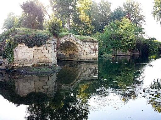 Old Castle Bridge, Warwick