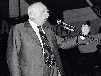 Oscar Alende - Image: Oscar Alende circa 1973