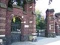 Ostfriedhof Tor - panoramio.jpg