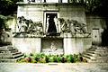 Père-Lachaise - Monument aux morts avant restauration 02.jpg
