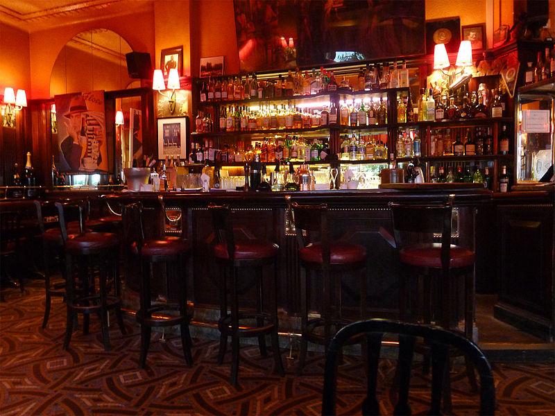 File:P1330723 Paris VI closerie des Lilas bar rwk.jpg