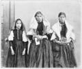 PSM V83 D324 Three italian immigrant women.png