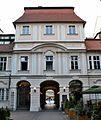 Palác Sylva-Tarouca nádv 5.jpg