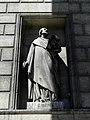 Paris (75008) Église de la Madeleine Extérieur Statue 06.JPG