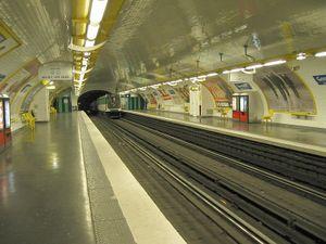 Goncourt (Paris Métro) - Image: Paris Metro Goncourt