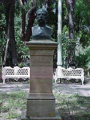Los Teques - Gustav Knoop Statue in Los Coquites Park