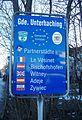 Partnerstädte-Schild, Unterhaching.jpg