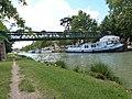 Passerelle sur le canal de Garonne à Castelsarrasin.jpg