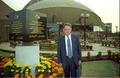 Paul Jozef Crutzen with Inaugural Stone - Convention Centre Inaugural Ceremony - Science City - Calcutta 1996-12-21 070.tif