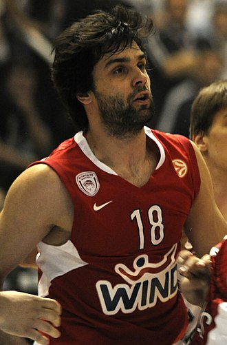 Miloš Teodosić - Teodosić with Olympiacos in 2009
