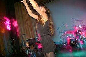 Phoebe Killdeer - Phoebe Killdeer performing with Nouvelle Vague, 2007