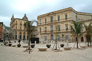 Piazza Fonte Diana (Comiso).JPG