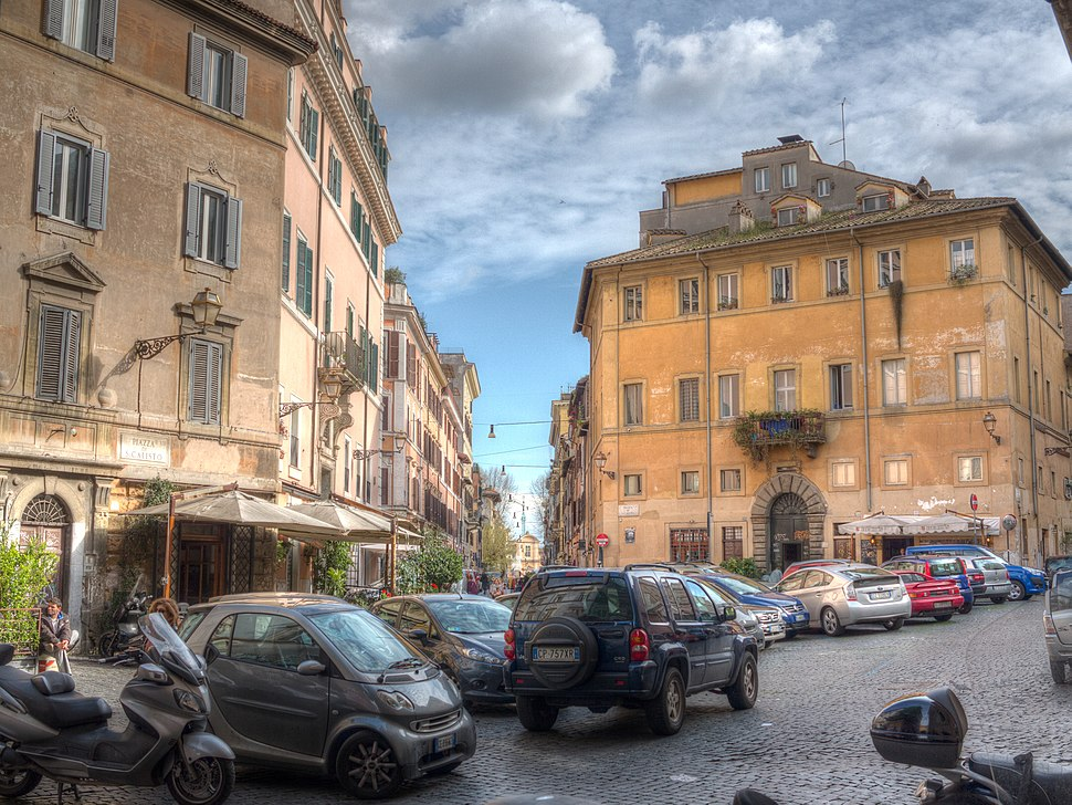 Piazza di San Callisto Roma Trastevere 2013 03