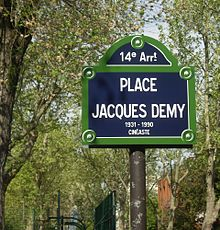 La plaque de la place Jacques-Demy à Paris.