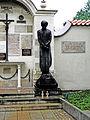 Pomnik Jerzego Popiełuszki w Krakowie.JPG