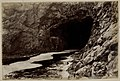Portcoon Cave, Giants Causeway (13735599384).jpg
