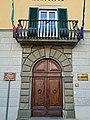 Portone e balcone del Palazzo Falaschi Martellini.JPG
