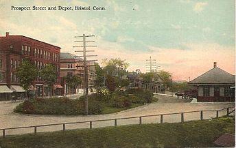 PostcardBristolCTProspectStreetAndRailroadStation1913
