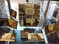 Postcard display ala Lynn (13879678524).jpg