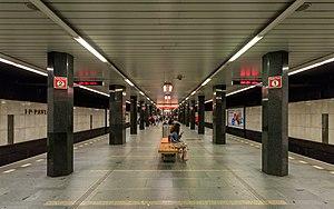 I. P. Pavlova (Prague Metro) - Image: Prague 07 2016 Metro img 4 Line C IP Pavlova