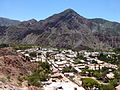 Provincia de Jujuy - Purmamarca - Vista del pueblo de Purmamarca desde el Siete Colores 2.JPG