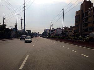 Quirino Avenue - Quirino Avenue in Paco near Paco railway station.