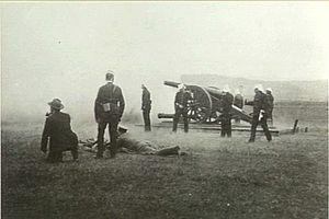 Dublin City Artillery Militia - Volunteers train with a 40-pounder.