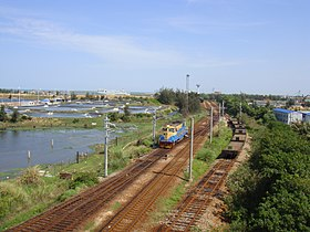 Railway between Haikou Railway Station and South Port - 01.JPG