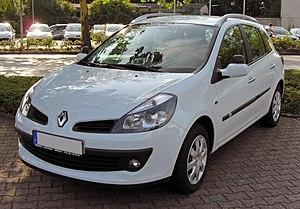 Oyak-Renault - Image: Renault Clio III Grandtour 20090801 front