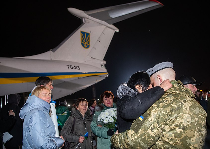 Return of liberated citizens to the territory controlled by Ukraine (2019-12-29) 015.jpg