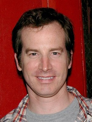 The One That Got Away (Modern Family) - Rob Huebel guest starred in this episode.