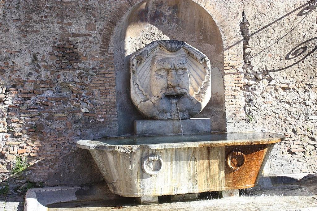 Rom, der Maskenbrunnen.JPG