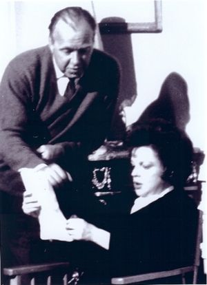 Ronald Neame - Neame and Judy Garland on the set of ICouldGoOnSinging