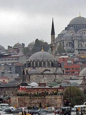 Rüstem Pasha Mosque - Rüstem Pasha Mosque (in foreground)