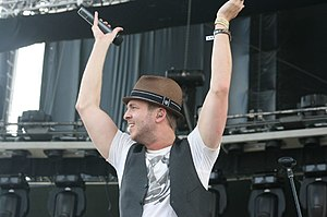 Ryan Tedder - Tedder performing on stage, 2009