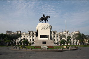 Plaza San Martín (Lima) - Monument to José de San Martín