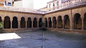 Abbey of San Pedro el Viejo - San Pedro el Viejo. Claustro (s. XII)