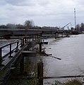 Sandy River Bridge debris (6767584311).jpg