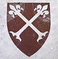 Santa croce, tombe sulla navata, con stemma, baruucci.JPG