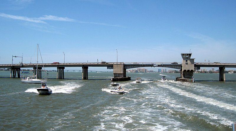 File:Sarasota Bay Bridge from the south (2010).jpg