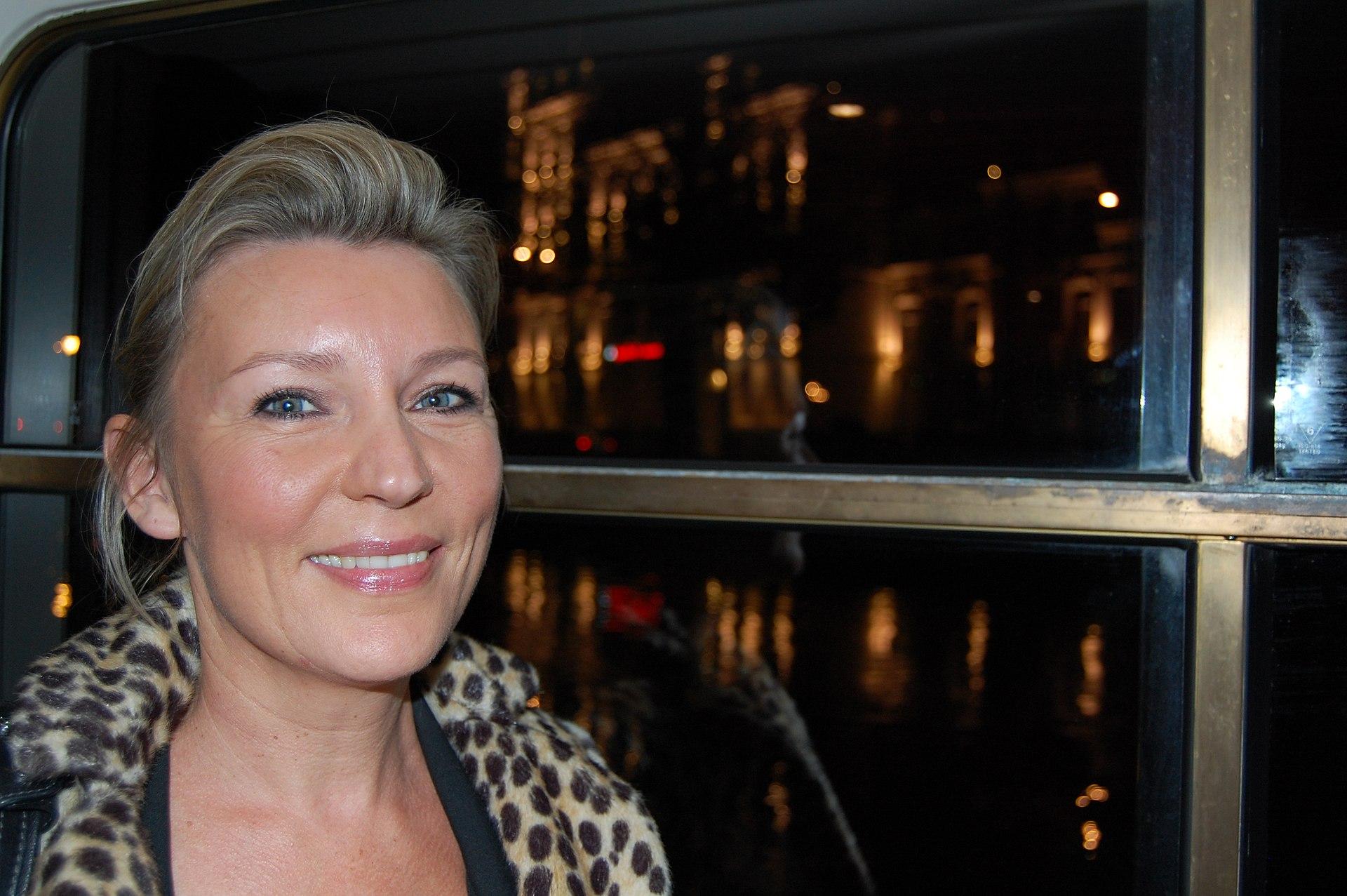 Image Result For Saskia Noort